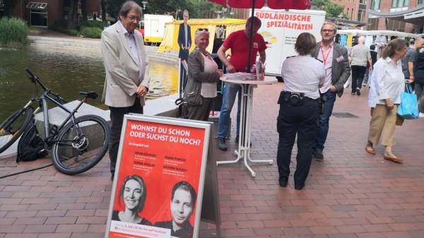 SPD Stand: Wohnen und Leben